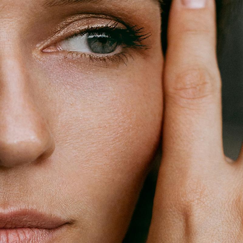 SMART Ránccsökkentő szemkörnyék ápoló az első vonalakra